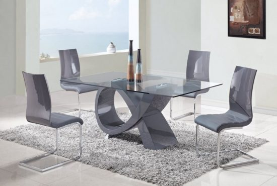 All you need to know about glass dining room tables