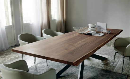 How to choose a Solid Wood Dining Furniture