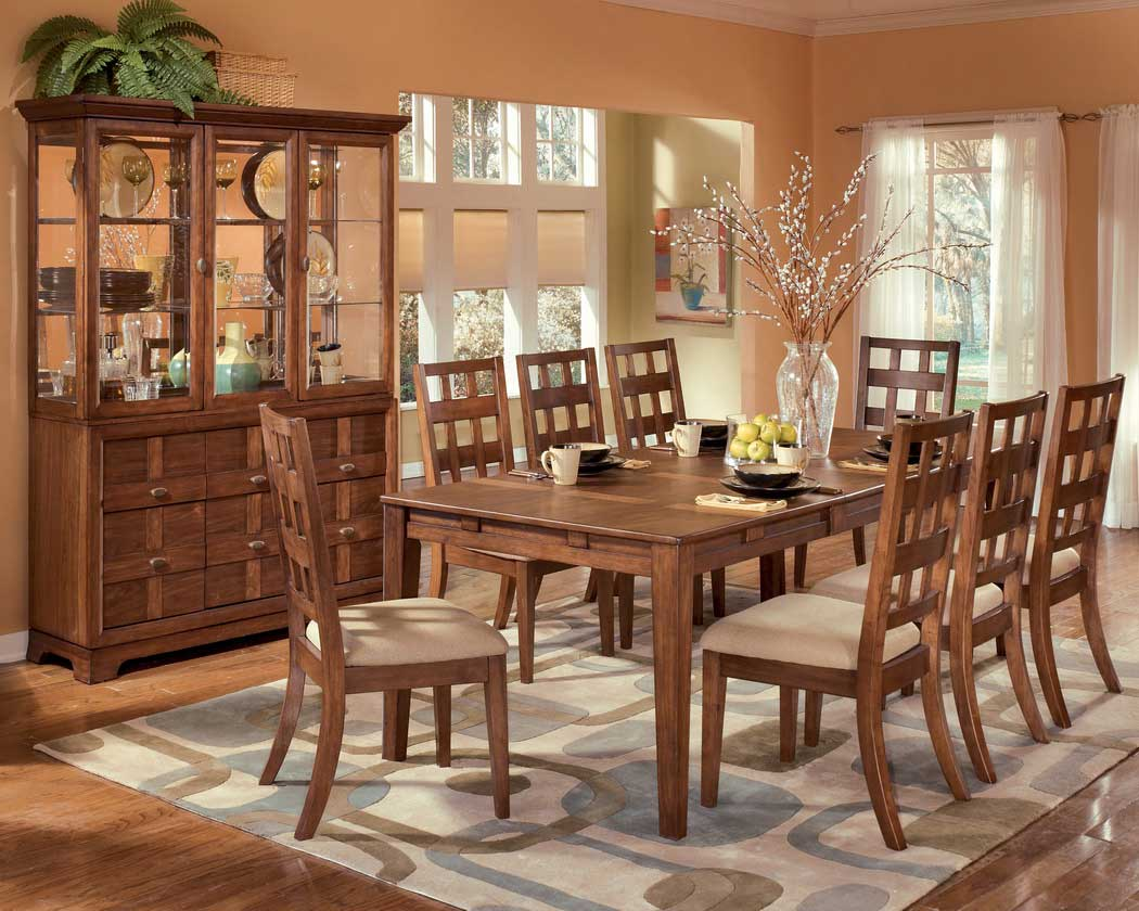 Solid Wood Dining Room Tables ~ How to choose a solid wood dining furniture room