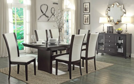 Take the advantage of decorating dining rooms