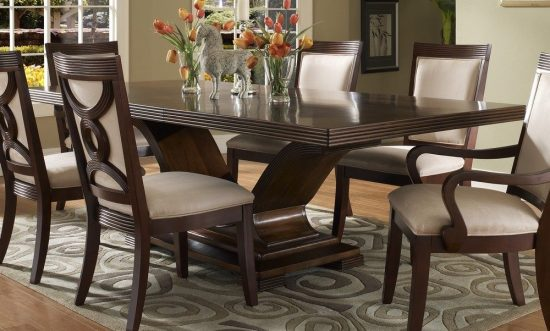 4 tips to Choose the right Dining Room Set