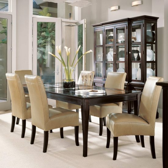 Awesome known ways to decorate your dining room better
