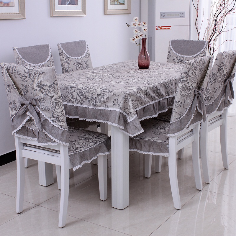 Awesome tips for your dining room chair covers dining chairs for Dining room chair cover ideas