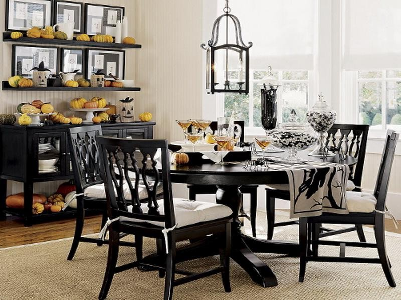 Black dining room table why you should buy one dining for Black dining table ideas