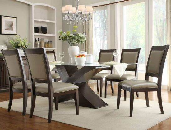 How to Choose your Dining Room Table?