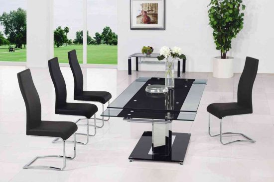 Key benefits of Glass dining room sets: You way to elegance