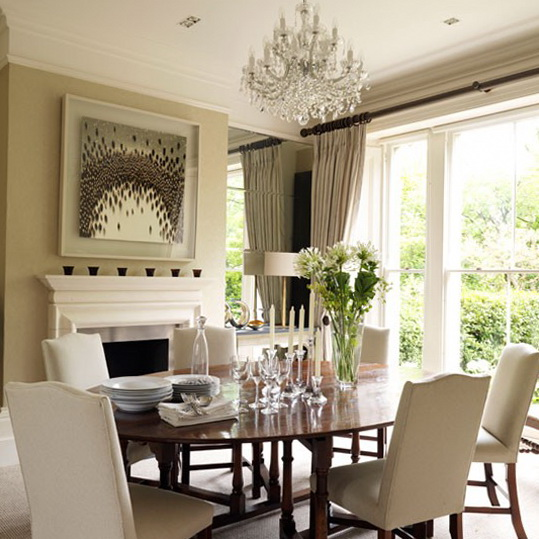 Latest dining room trends to follow