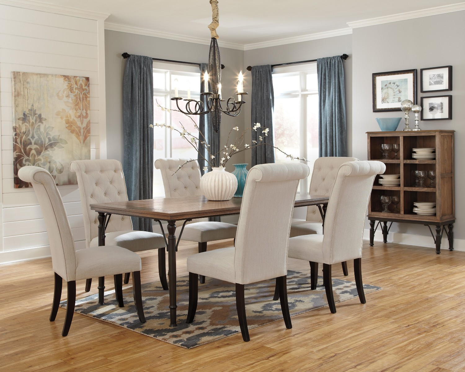 Best casual dining room table images for Casual dining room chairs