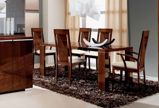 Dining Room Furniture – What Exactly You Need to Find in a Dining Room Furniture Sale!
