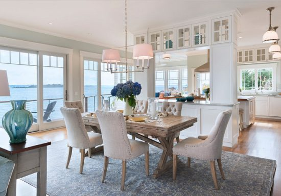 Perfect Coastal Dining Room Theme Décor For A Maximum Calmness And Peace