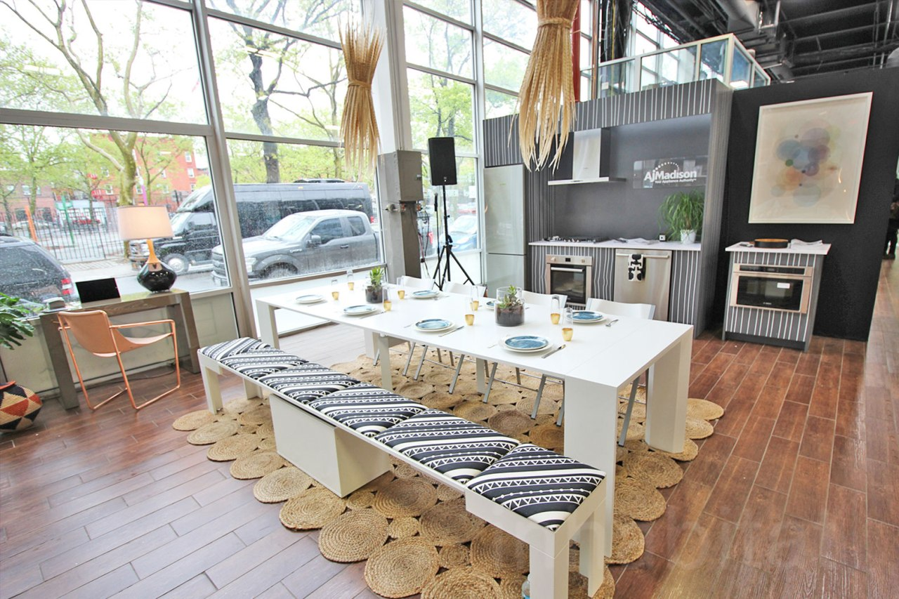 multi purposes dining room design a new trend