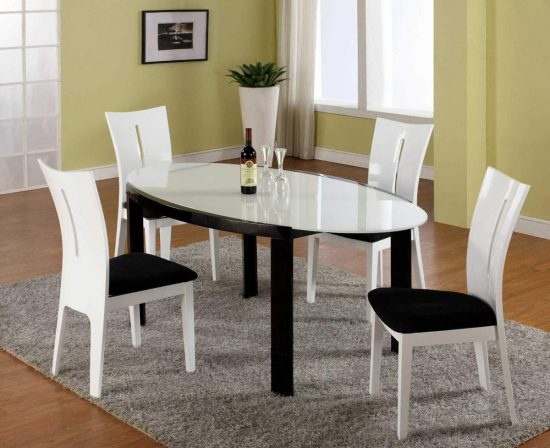 Oval dining room tables Luxurious elegant focal point in