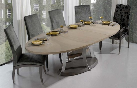 Oval Dining Room Tables; Luxurious Elegant Focal Point In