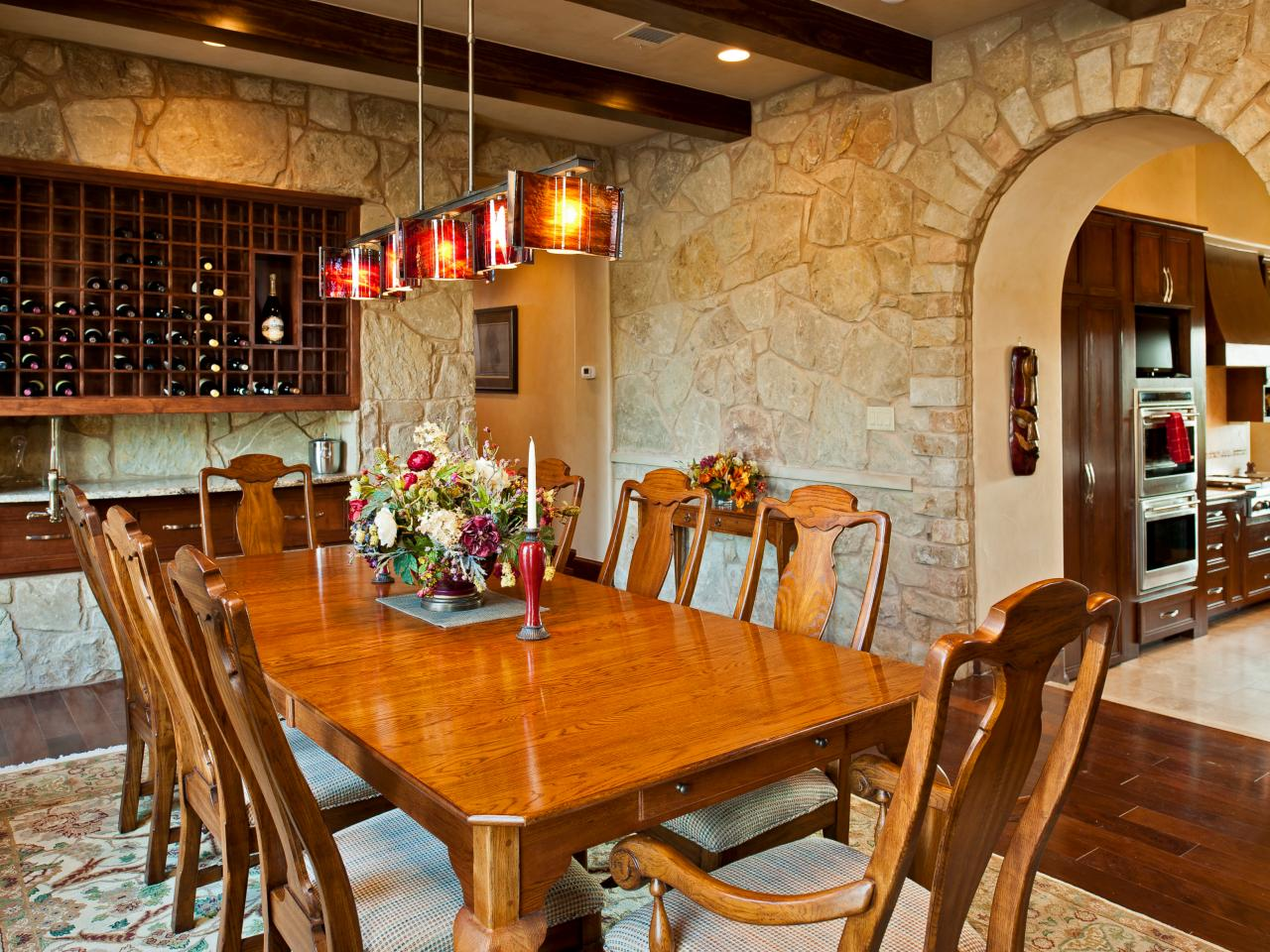 Tuscan dining room d cor for warm elegant and outstanding for Tuscan dining room ideas
