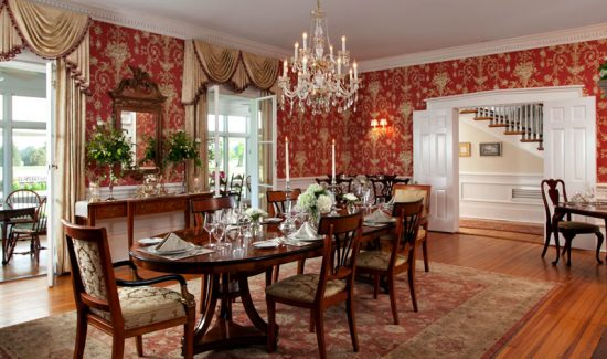 Formal Dining Room vs. Dining RoomFormal Dining Room vs. Dining Room